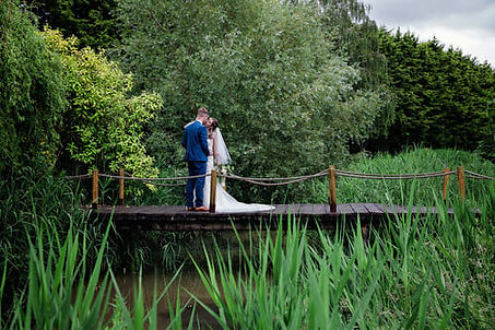 Wedding venue hire - outdoor view, bridge over the lake