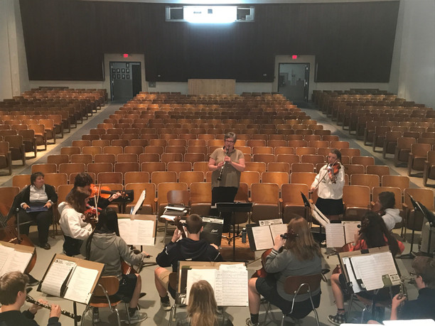 Oldenburg Academy Hosts Jazz Clinician