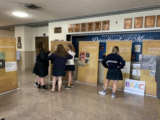 Holocaust exhibit visits Oldenburg Academy