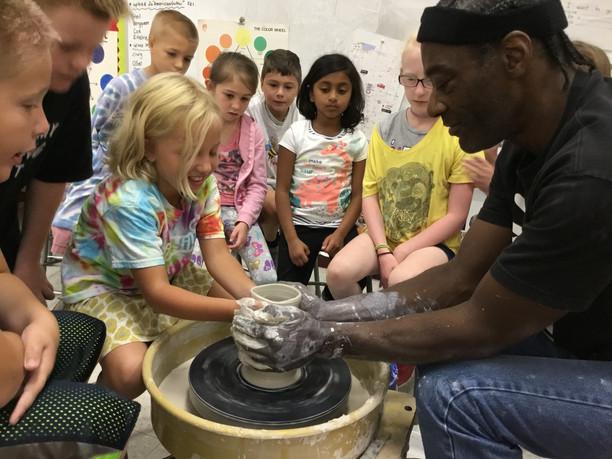 Artist Don Edwards visits Primary School