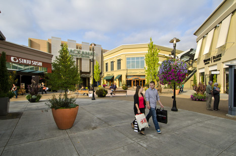 couple-at-shopping-center.jpg