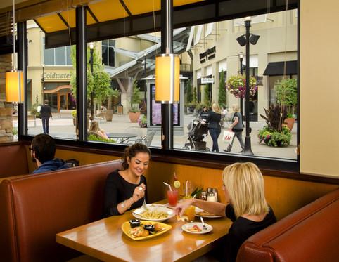 friends-eating-lunch-in-restaurant.jpg