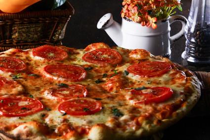 Laponi Pizza
