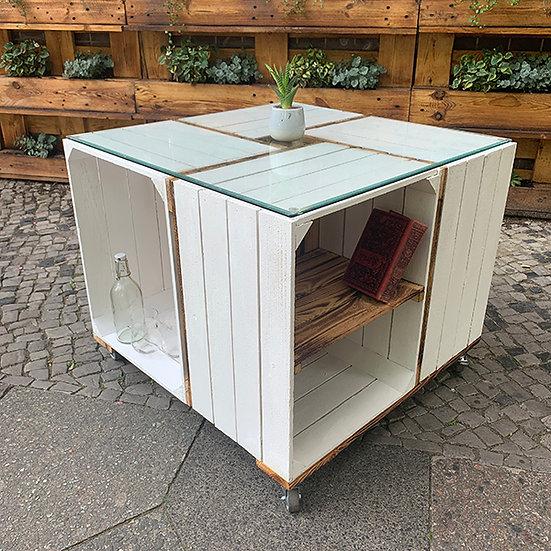 """Rolltisch """"GIANNI"""" aus weiß-geflammten Holzkisten 70x70x60cm"""