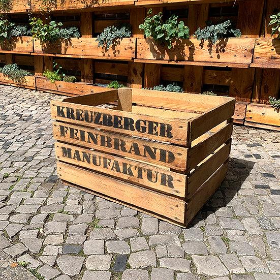 "Vintage Holzkiste ""Kreuzberger Feinbrand Manufaktur"" 50x40x30cm"