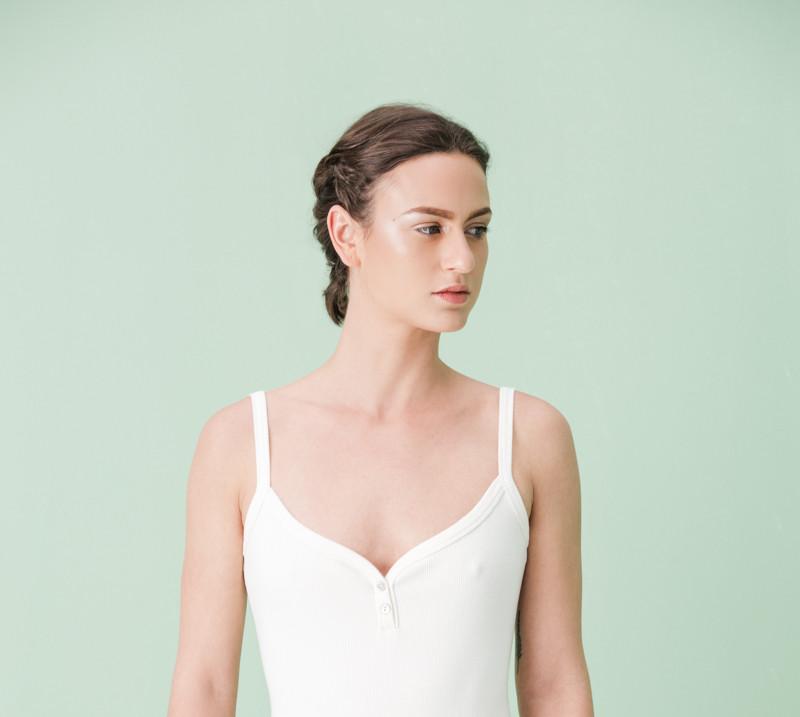 LEDA  Photography: Carolina Osejo Models: Laura Cabezas, Laura Velilla Hair&Makeup:Alejandro Rojas ArtDierector&Stylist: LEDA  http://leda.com.co/ Bogotá/2017