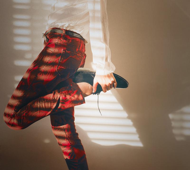 DIESEL EFFECT  Photography: Carolina Osejo  Model: Ana María Buendía Total look: Diesel  www.fashiontop5.com Bogotá/2015