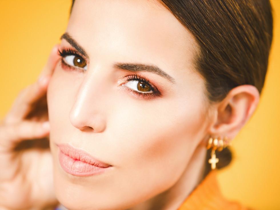 Photography: Carolina Osejo Model: Cristina Warner Hair&Makeup:Alejandro Romero  Art&Stylist: Juan David Moya www.cristinawarner.com Bogotá/2016