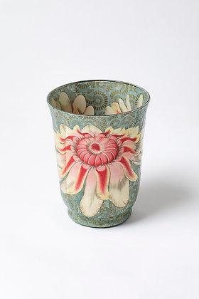 Váza otevřený leknín