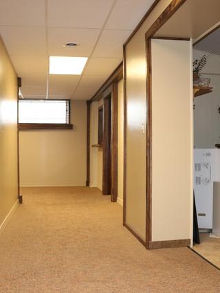 Hallway & Kitchen Entry