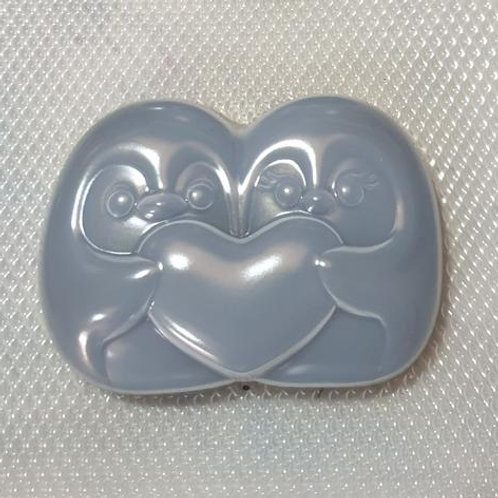 PENGUIN HEART BATH BOMB/SOAP MOULD