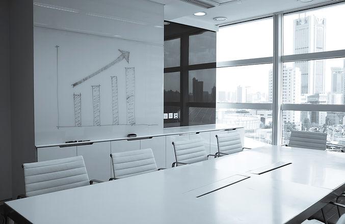 weiß Sitzungssaal