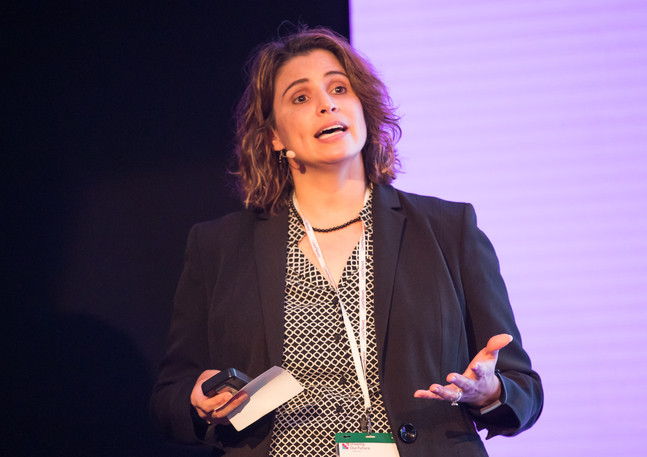 Denise Halaska VP HR (Liva Nova)