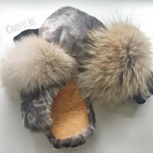 women's seal fur mitts with coyote fur trim and smoked moose hide leather palms
