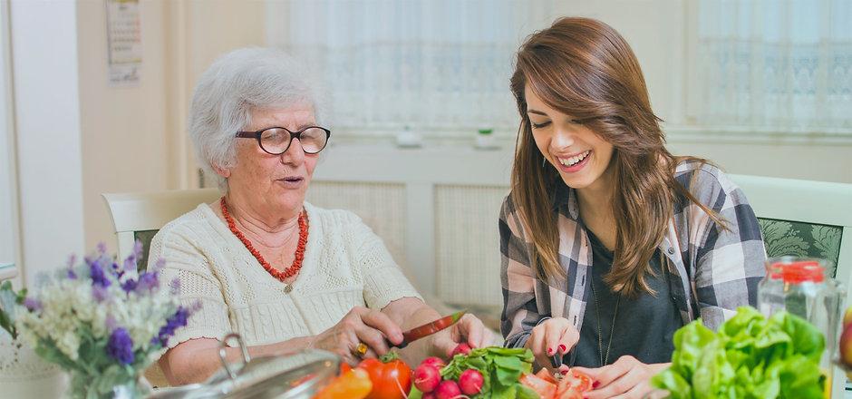 Nos auxillaires de vie - Générations Seniors
