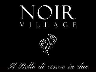 Febbraio: il bello di essere in due al Noir Village Pistoia.