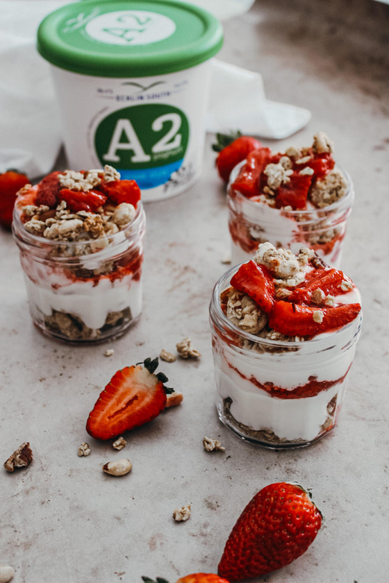 Vanilla Strawberry Compote Yoghurt Pots