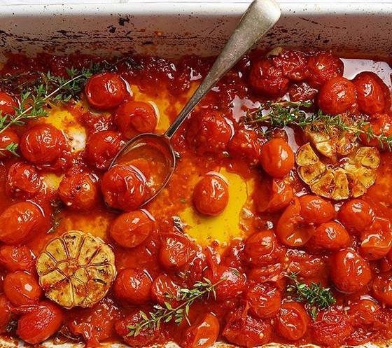 Roasted Cherry Tomato & Thyme Bake