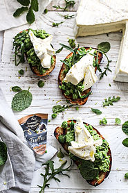 Fromager d'Affinois - Smashed Pea & Truf