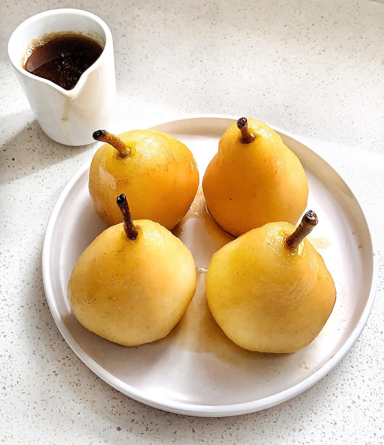 Honey Poached Pears with Cinnamon Mascarpone