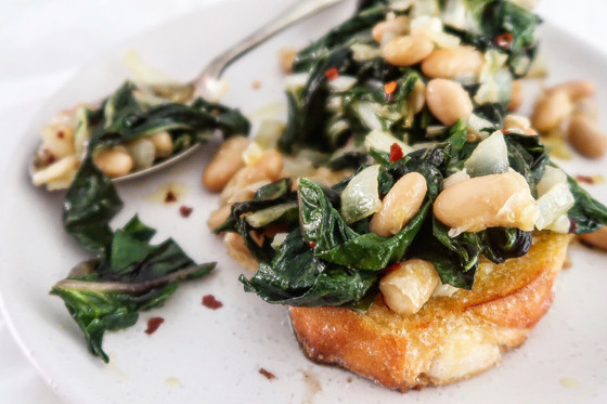 Sautéed Spinach with Cannellini Beans