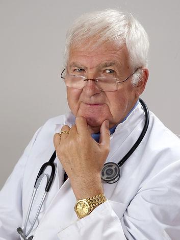 doctor-2337835_1920.jpg