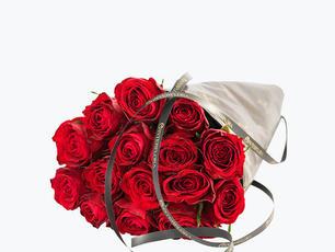 15 røde roser Kr 299
