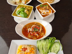 Selection of Rice or Noodles