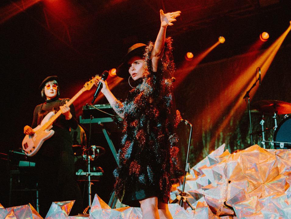 Paloma Faith, live in Cornwall, 2018. Photography by Merry St.