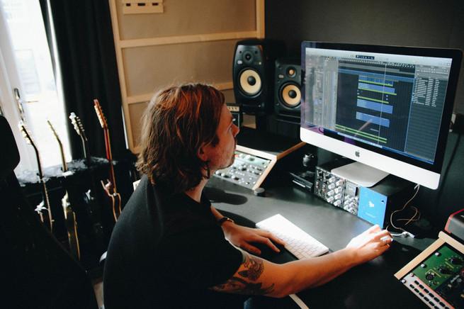 Ben Sansom / Sunny Hill Studios