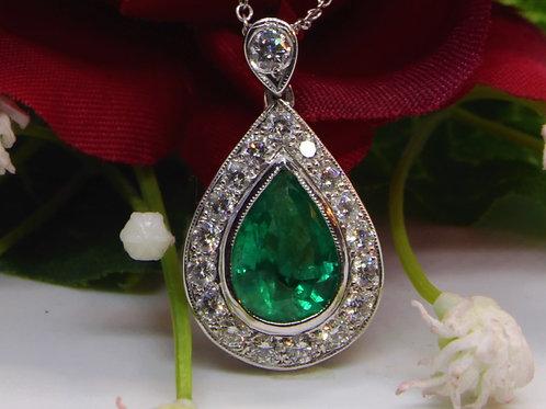 * 18ct gold Emerald and Diamond pendant & chain
