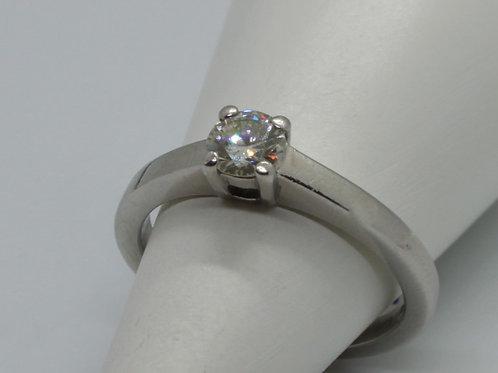 * Platinum Diamond Single Stone ring