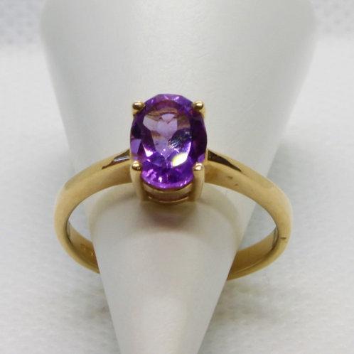 * 9ct gold Amethyst ring