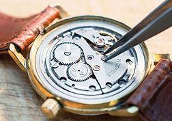watch-servicing-1140x800.jpg