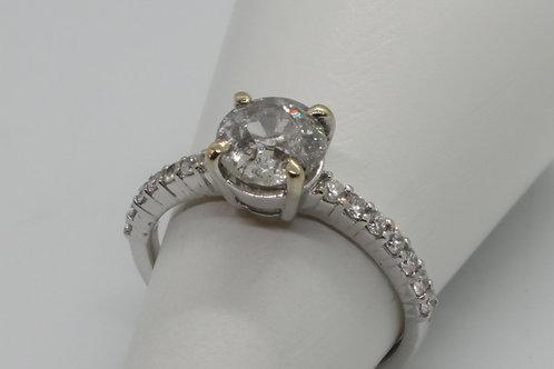* 18ct gold Diamond ring