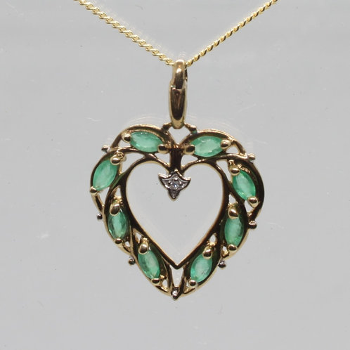 *9ct gold Emerald and Diamond pendant