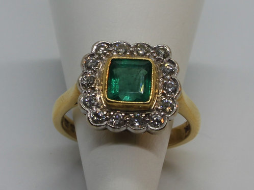 *18ct gold Emerald and Diamond ring