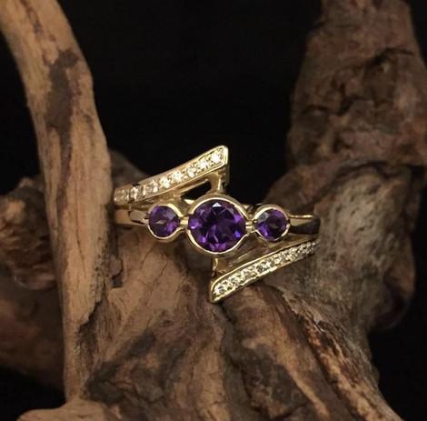 Diamond and Amethyst ring