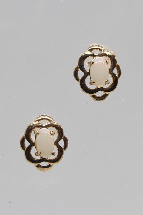 9ct gold Opal Stud earrings