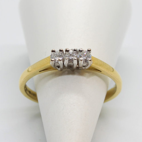 * 18ct gold Diamond three stone ring