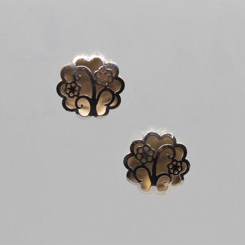 * 9ct gold flower earrings