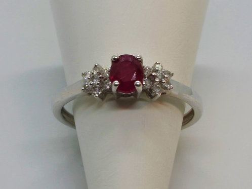 * 9ct gold Ruby and Diamond ring