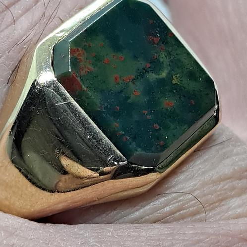 18 ct Bloodstone signet ring