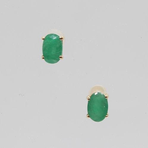 * 9ct gold Emerald stud earrings