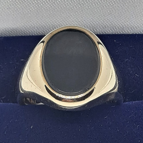 Black onyx signet ring