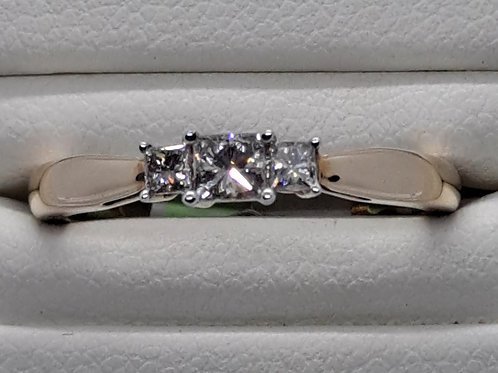 """9ct diamond trilogy ring"