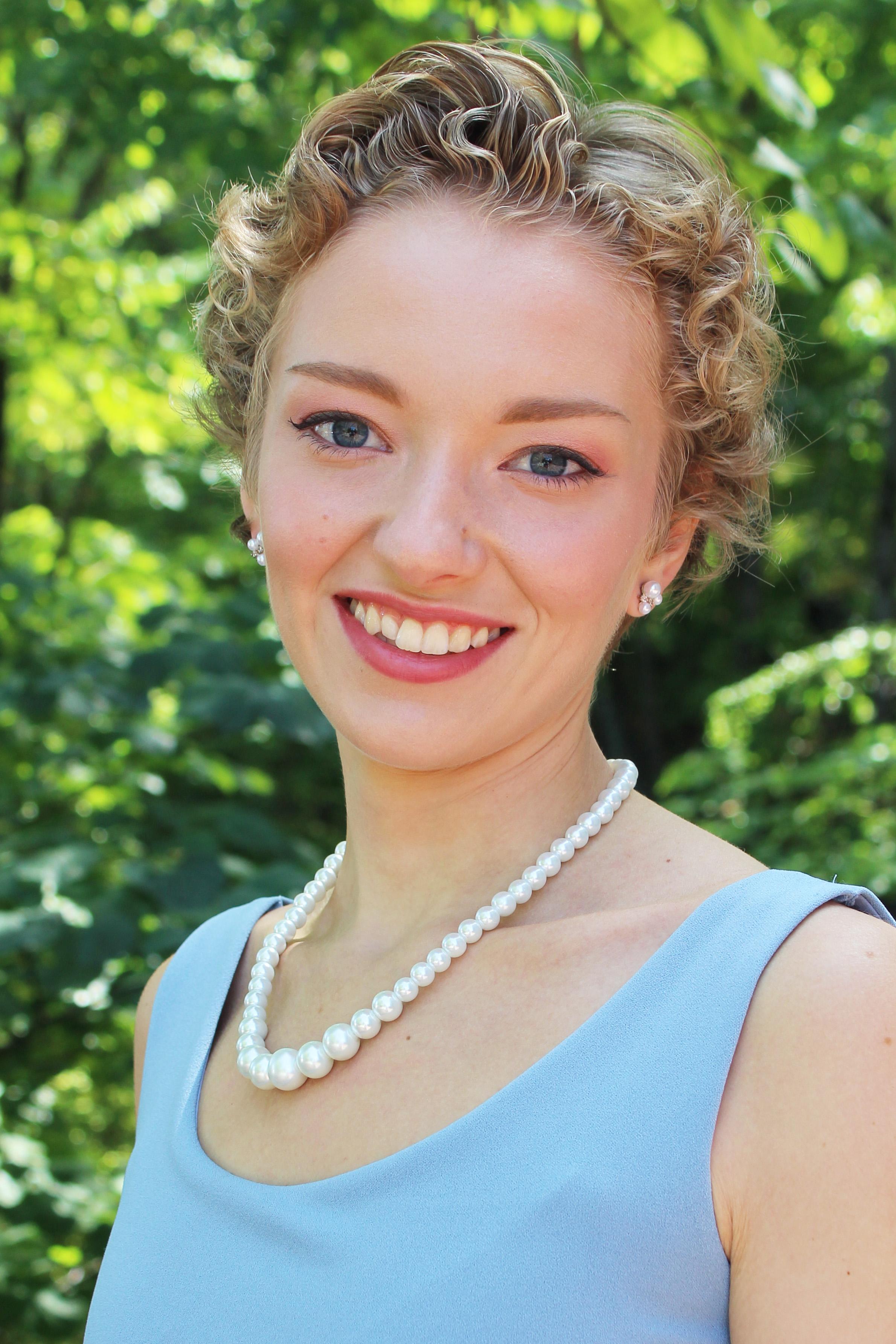 Caroline Goodwin Headshot 2020.jpg