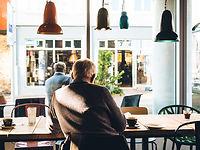 近所のカフェ