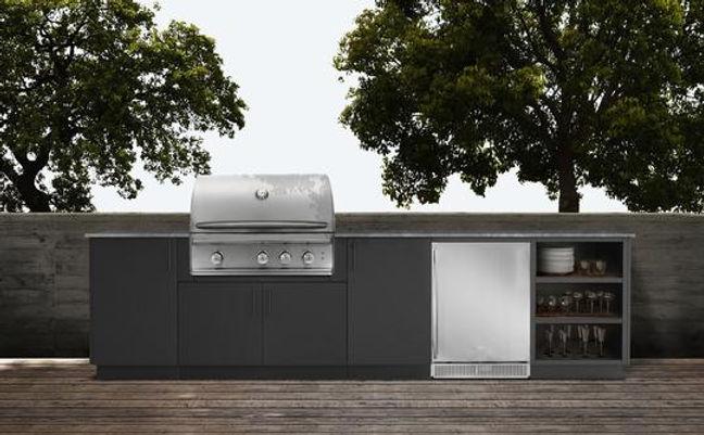 Outdoor Kitchen March10.jpg