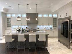 White Kitchen / marble top